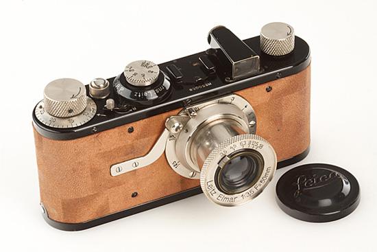 Leica-I-Mod.A-Elmar-Calfskin-1930.jpg
