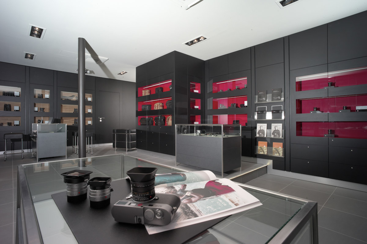 leica to open five new stores boutiques leica rumors. Black Bedroom Furniture Sets. Home Design Ideas