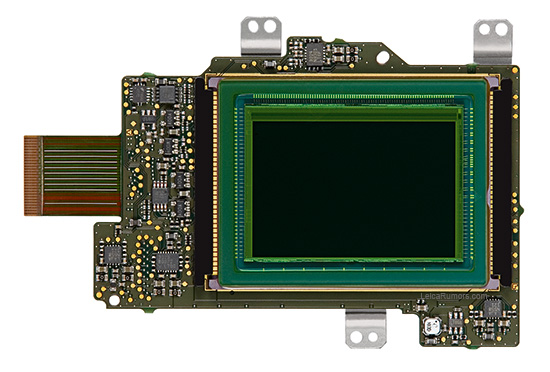 Leica-M-24MP-SMOSIS-sensor-board