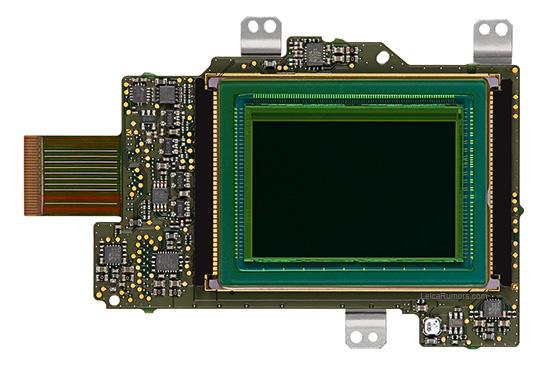 Leica-M-24MP-SMOSIS-sensor-board