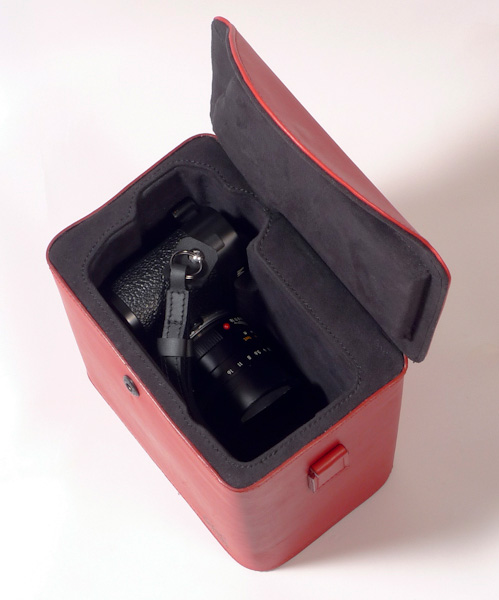 MCub-case-for-Leica-M-camera