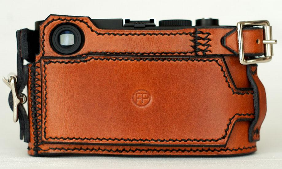 Fast+Prime-Tank-half-case-for-Leica-M-cameras-(2)