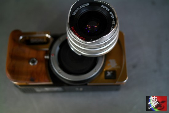 Modified Sigma DP camera with Leica M mount 11