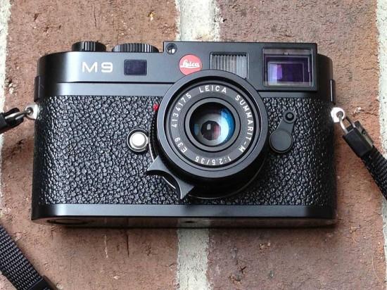 Sylvester-Stallone-Leica-M9-on-eBay