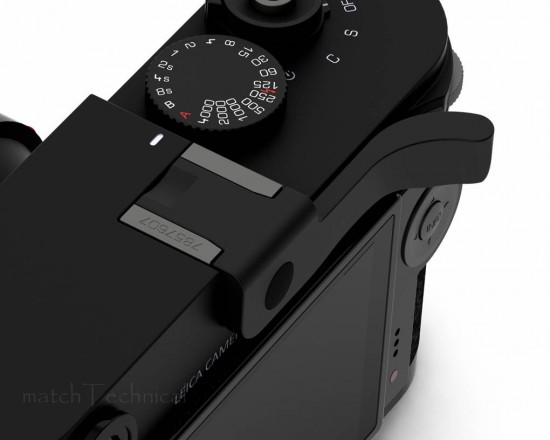 Thumbs Up EP 10S for Leica M 240 2 550x440 New Leica M 240 accessories: RRS plate, Thumbs Up and more