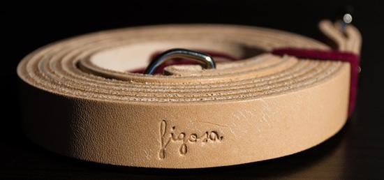 vintage-camera-leather-straps