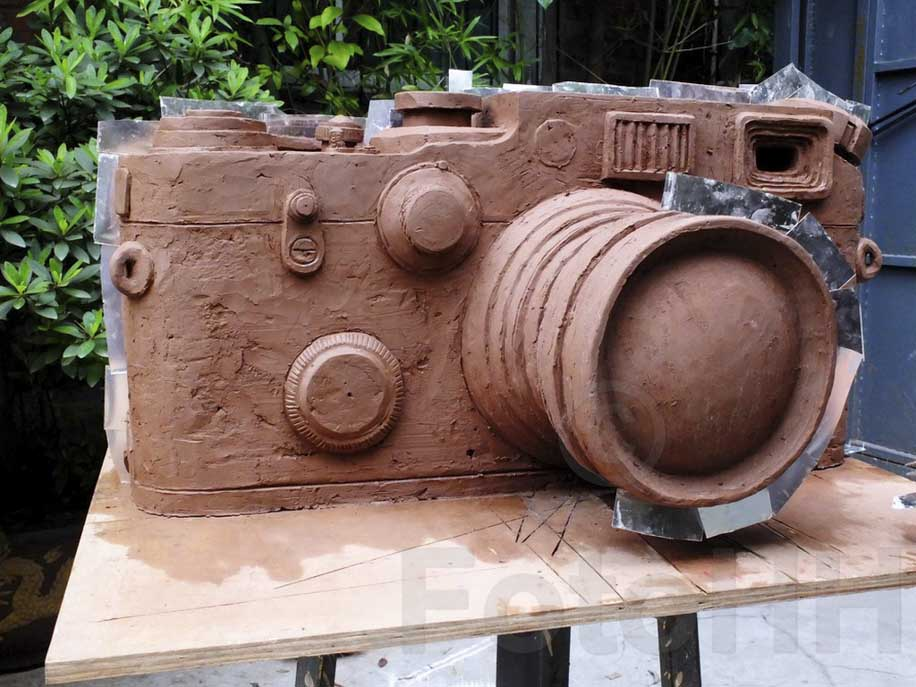 Fake Leica camera sculpture by Liao Yibai listed for sale 5