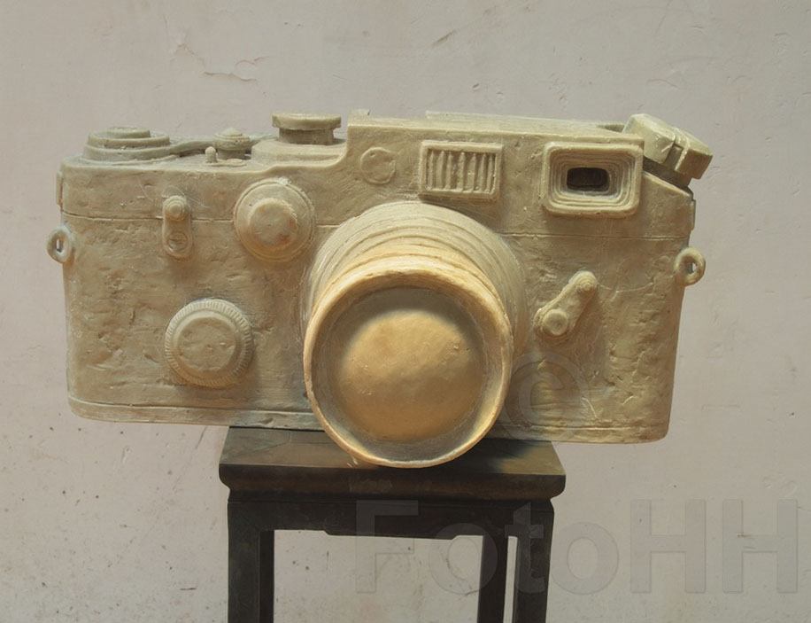 Fake Leica camera sculpture by Liao Yibai listed for sale 7