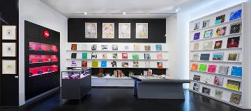 Leica Camera Boutique in Gagosian Shop New York