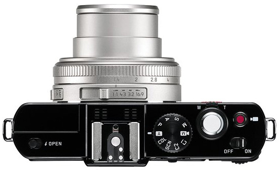 Leica-D-LUX-6-Silver-Edition