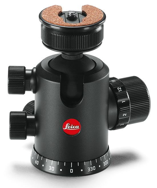 Leica-carbon-tripod-and-ball-heads