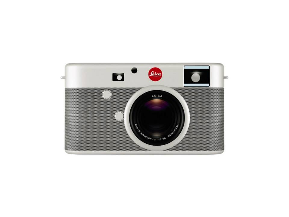 Leica digital rangefinder camera designed by Jony Ive and Marc Newson 1