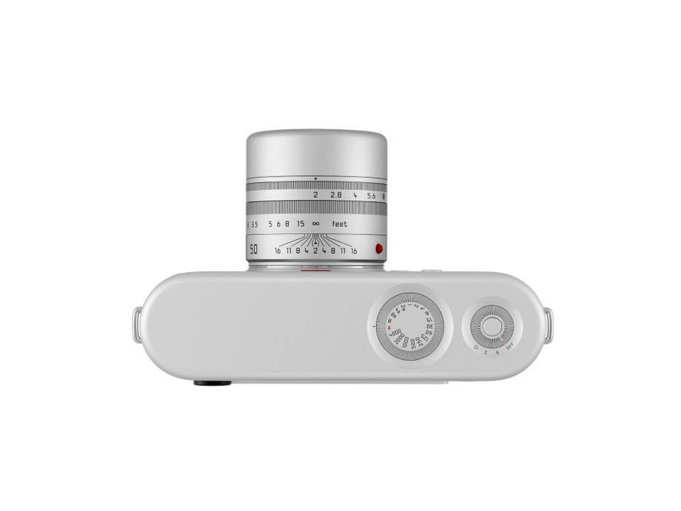 Leica digital rangefinder camera designed by Jony Ive and Marc Newson 4