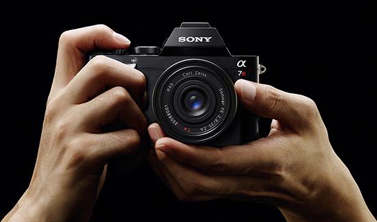 Sony-A7r-full-frame-mirrorless-camera