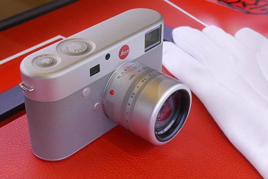 Leica-M-RED-camera