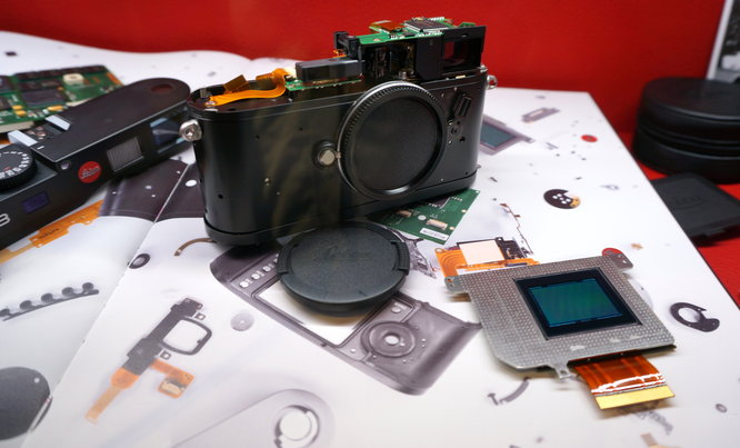 Leica M8 camera teardown