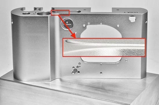 Leica-T-701-camera-aluminium-body
