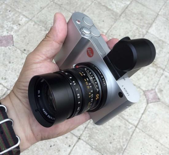 Leica T typ 701 camera with Leica M lens