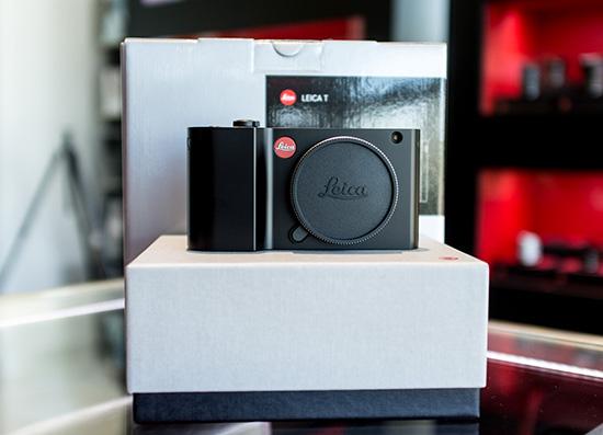 Leica-T-camera-black