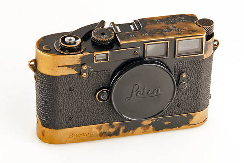 Leica MP black paint canera