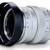 Zeiss-Distagon-T--1,435-ZM-lens-silver