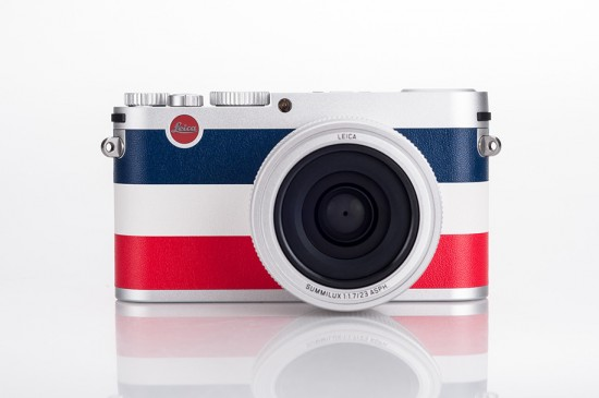 Leica-X-Edition-Moncler-camera-unboxing-3
