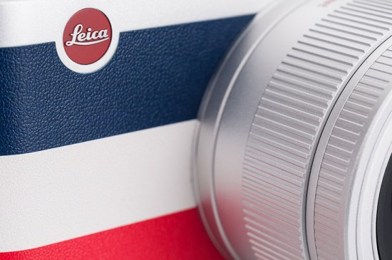 Leica-X-Edition-Moncler-camera-unboxing-5