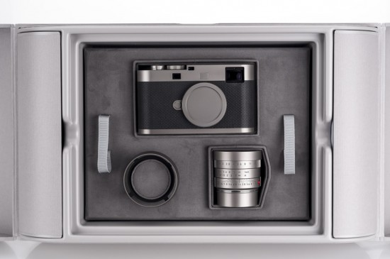 Leica M Edition 60 camera unboxing 3