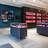 Leica-Store-in-Paris-rue-du-faubourg-Saint-Honoré-2