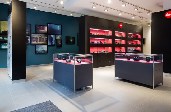 Leica-Store-in-Paris-rue-du-faubourg-Saint-Honoré-2
