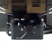 Limited-edition-Leica-M3D-David-Douglas-Duncan-camera