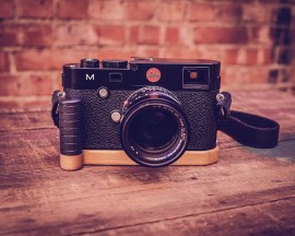 J.B.-Camera-Designs-bamboo-grip-for-Leica-M240-camera-3