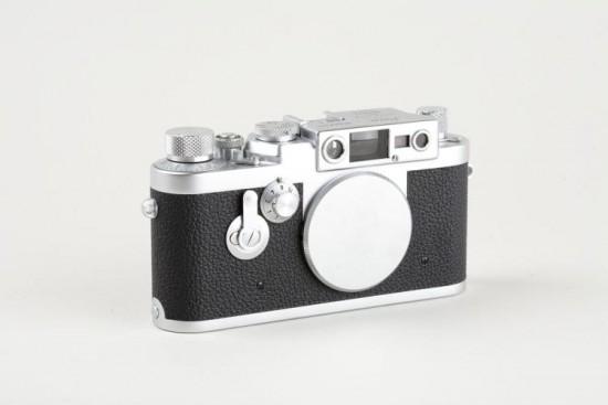 Leica IIIg camera