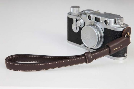 NUCIS leather camera straps for Leica camera