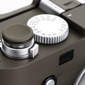 ThumbsUp-for-Leica-M-P-(Typ-240)-Safari-edition
