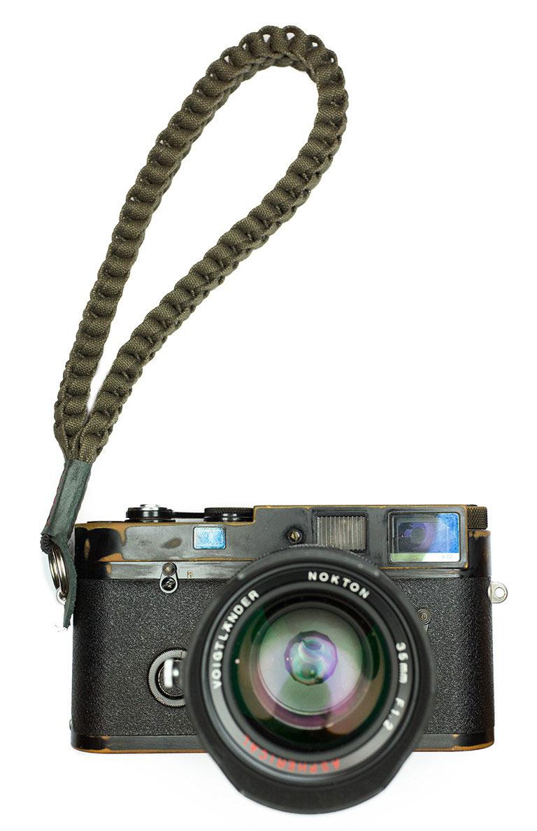 Annie-Barton-camera-straps-for-Leica-cameras-2