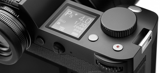 Leica-SL-Typ-601-mirrorless-full-frame-camera-top-LCD-screen