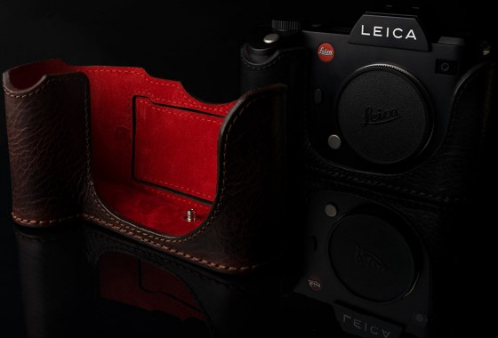 Angelo Pelle leather half case for Leica SL Typ 601 camera1