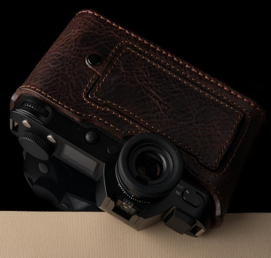Angelo Pelle leather half case for Leica SL Typ 601 camera4
