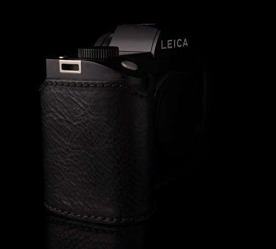 Angelo Pelle leather half case for Leica SL Typ 601 camera5