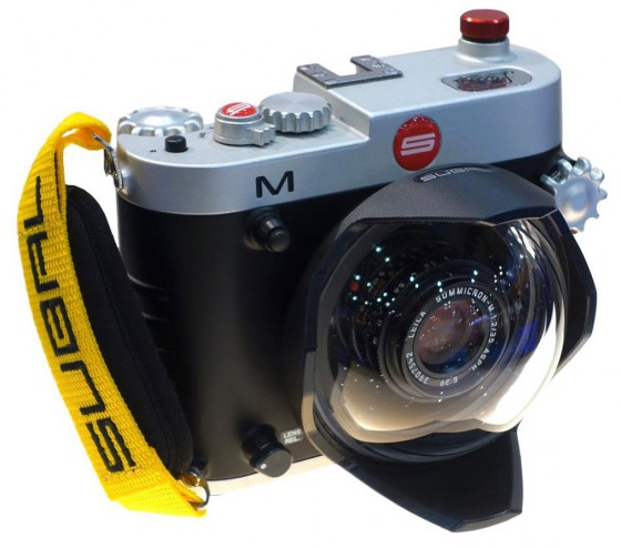 Leica-M-camera-underwater-housing-from-Subal-2