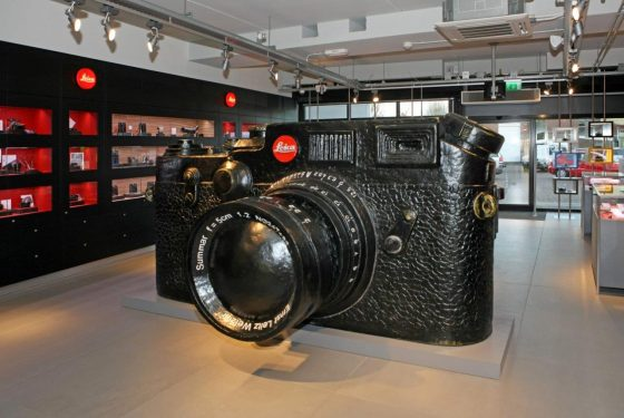 Huge Fake Leica 2