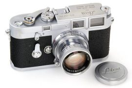 Leica M3 chrome No.700004 camera