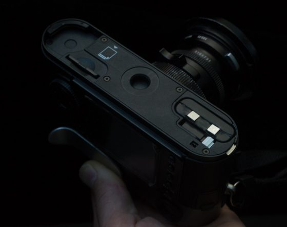 Power-battery-grip-for-the-Leica-M8-camera