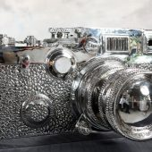 giant fake Leica sculpture by Liao Yibai 5