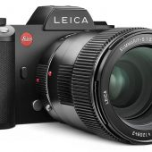 Leica-SL_Leica-Summarit-S-lens-adapter