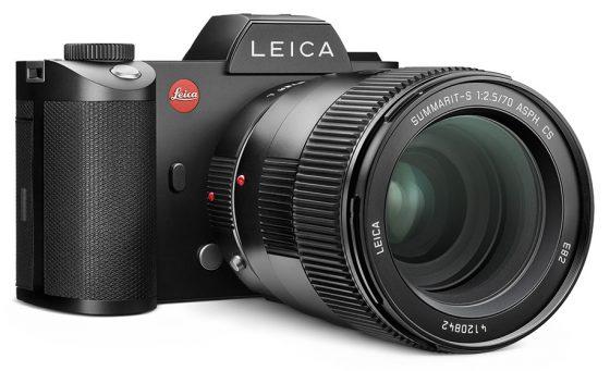 Leica-SL_Leica-Summarit-S-lens-adapter