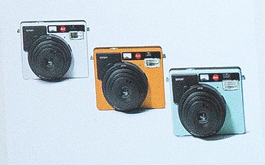 leica-instant-sofort-camera-4