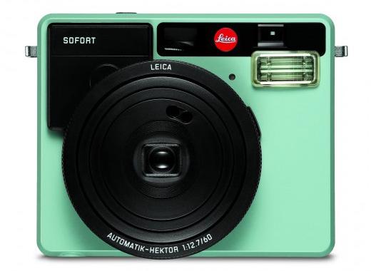 leica-sofort-instant-camera-mint