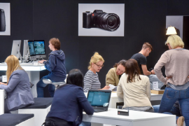 leica-booth-at-photokina-2016-show3